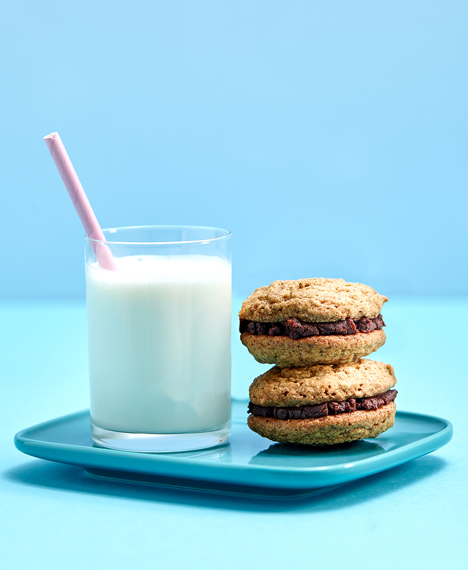 Milk-and-Cookies2