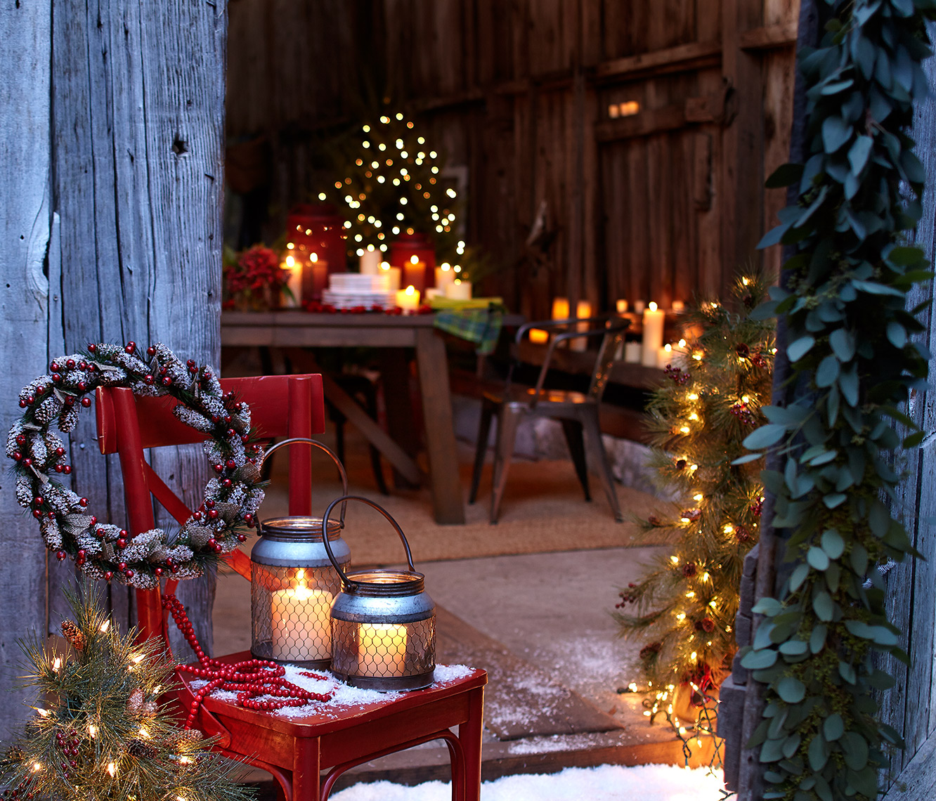 Christmas Setting in a barn